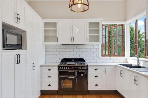 Project-1-white-kitchen-1024x683-1